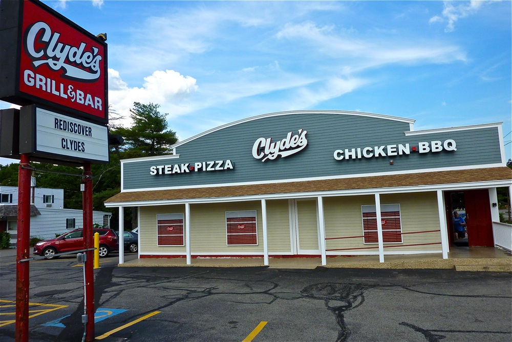 Clyde's, Walpole, Massachusetts