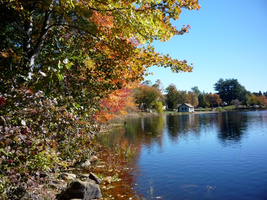 Fall foliage colors at Hopedale Pond, Hopedale MA