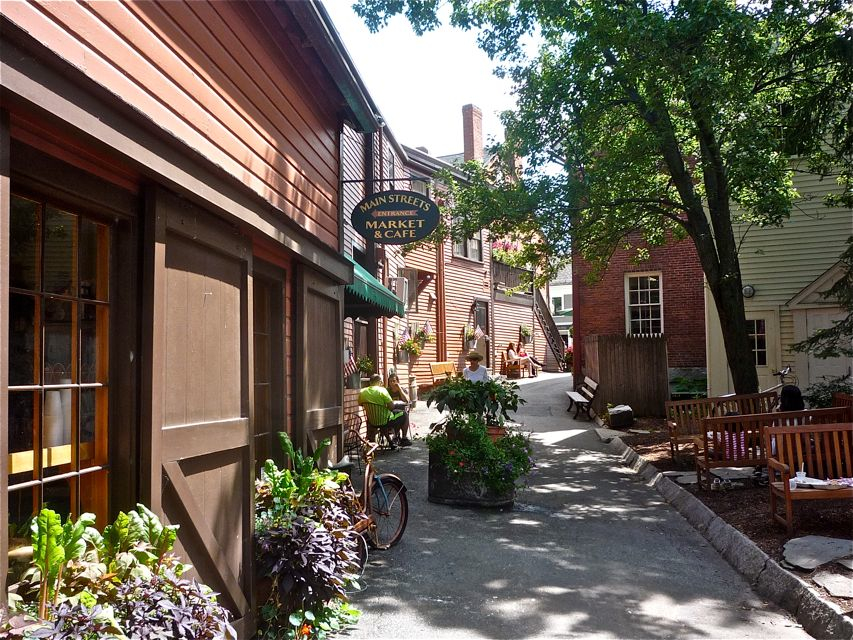 Alleyway in Concord MA