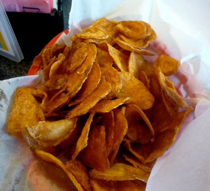Picture of hand-cut fried potato chips, Red Arrown Diner, Milford NH