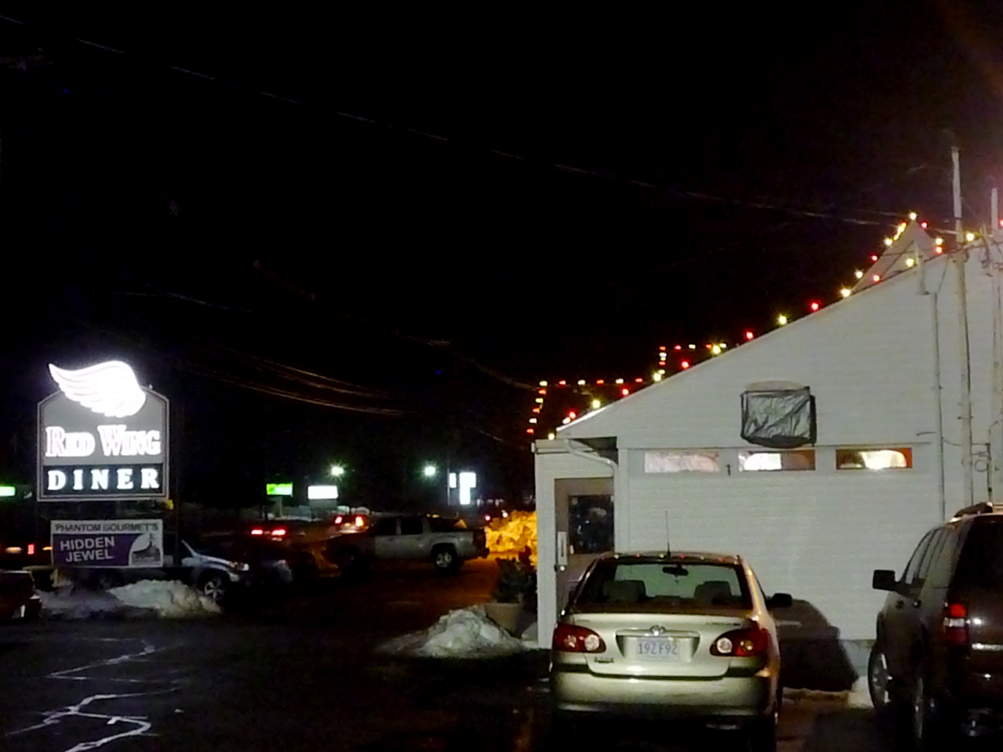 Red Wing Diner: Cheap Dining Pick Near Gillette Stadium, Foxboro, Mass.