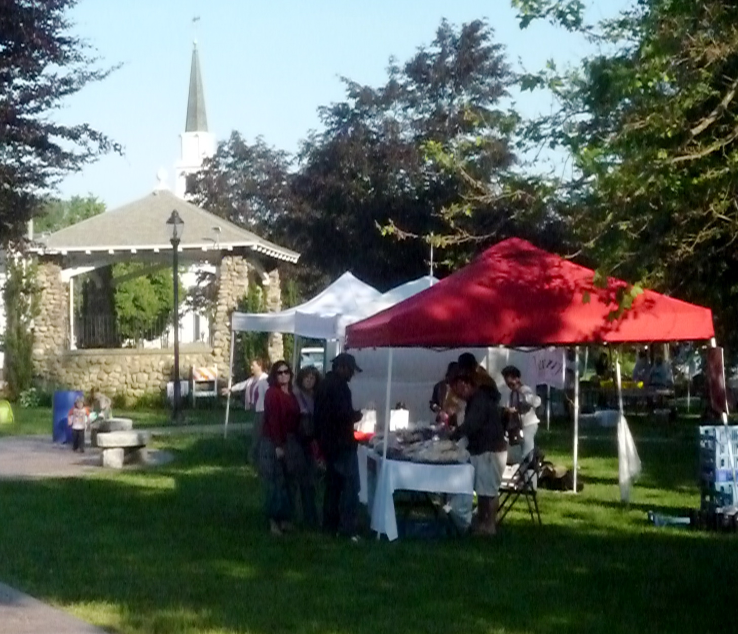 Walpole Farmers Market, Walpole, Mass. (photo by Eric H.)