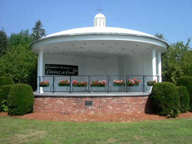 West Brookfield bandstand (photo by Eric)