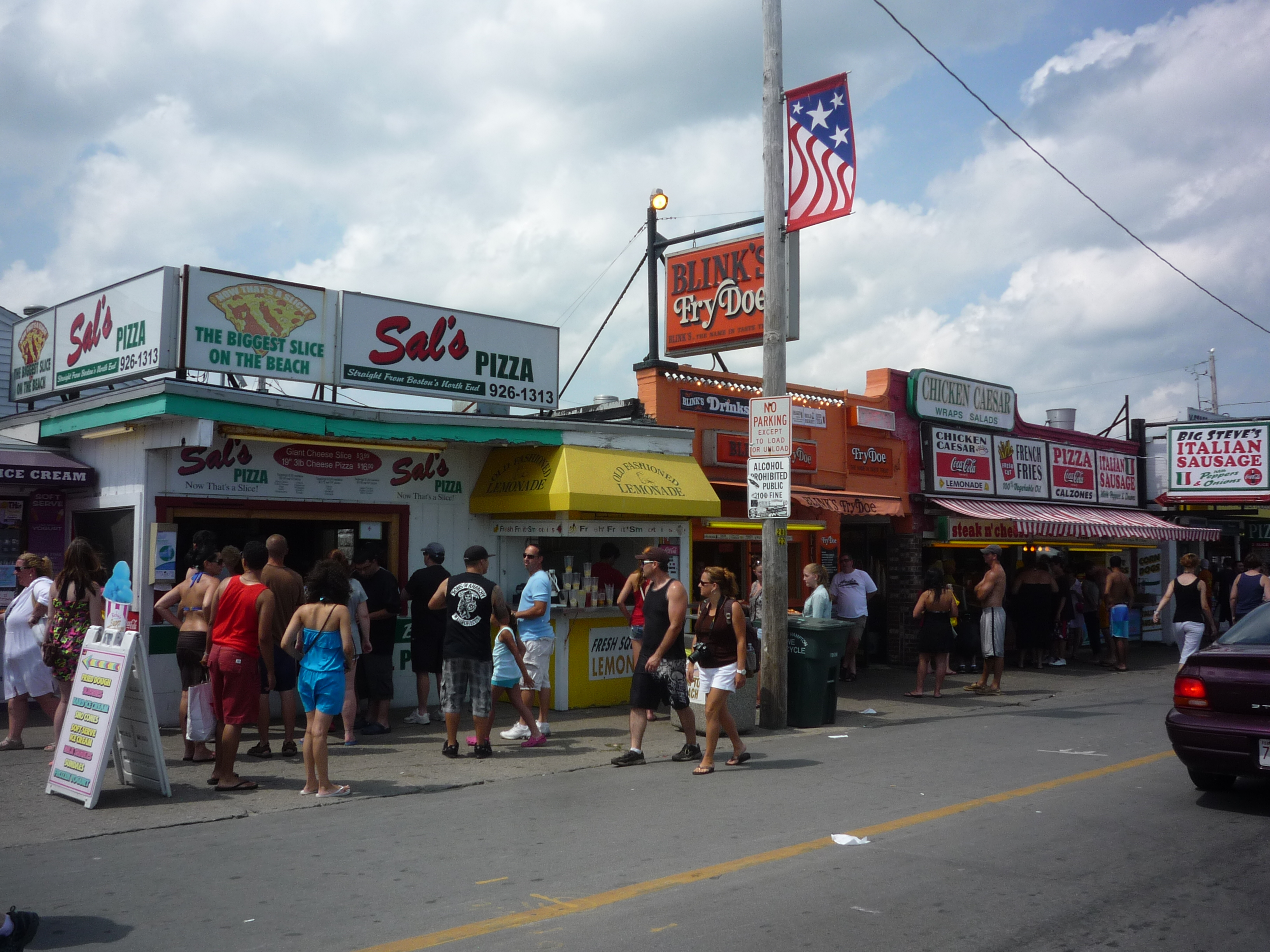 Hampton Beach, N.H., Offers Waves of Summer Seaside Fun