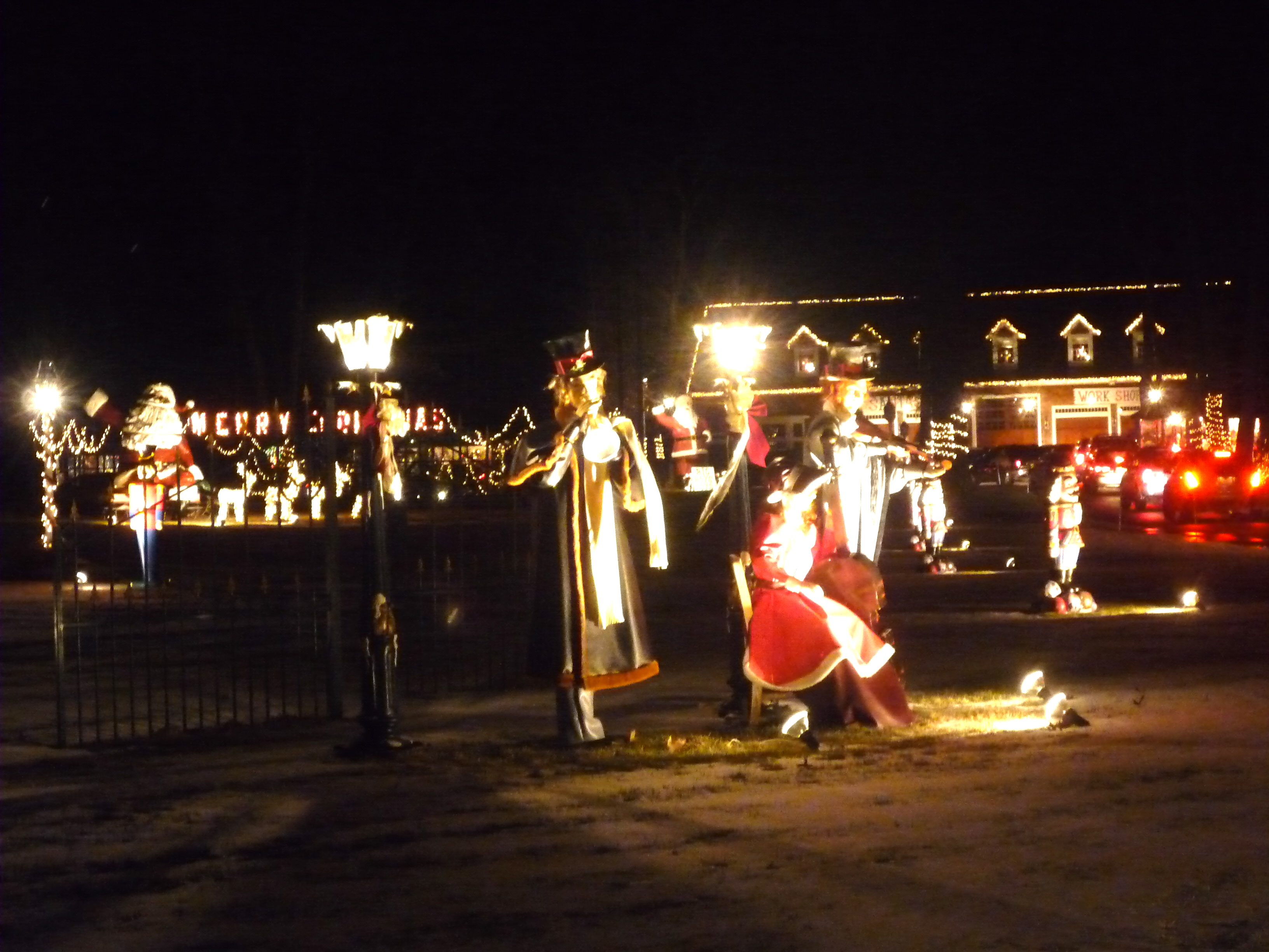 Millis Wonderland Christmas Display, Millis MA (CLOSED)