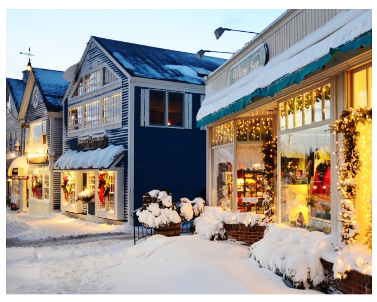 Kennebunkport ME shops at Christmas Prelude.Photo credit: Robert Dennis