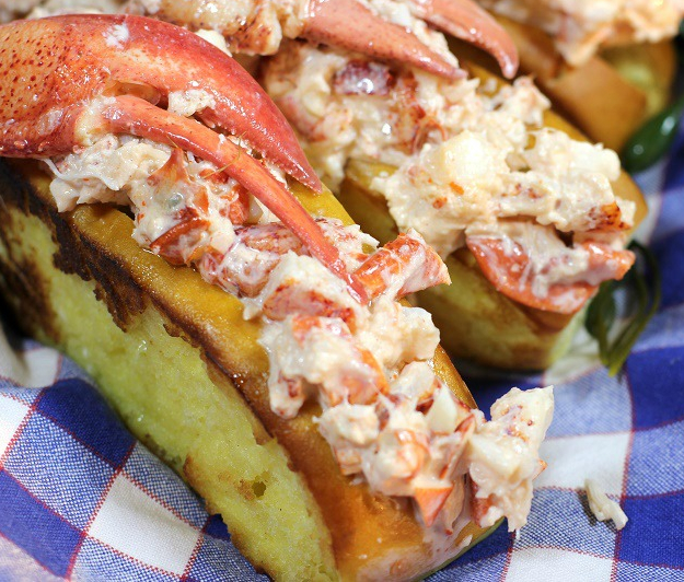 Woodman's lobster roll, Essex MA