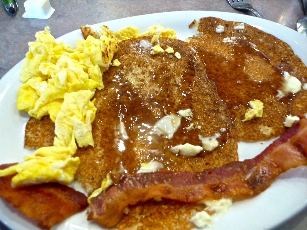 Johnnycakes, scrambled eggs and bacon from The Commons in Little Compton RI