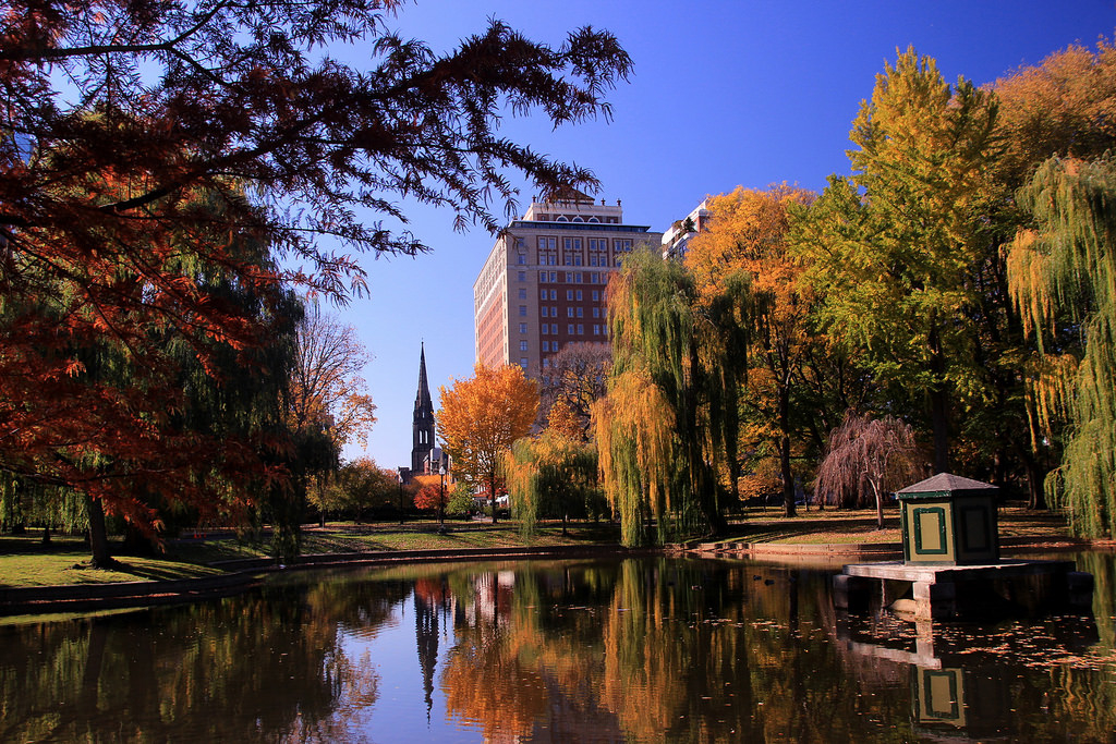 Fall time at Boston Common in Boston MA. Photo credit: BostonSphere on Flickr