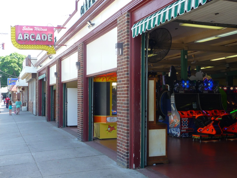 Salem Willows arcade, Salem, MA (photo by Eric)