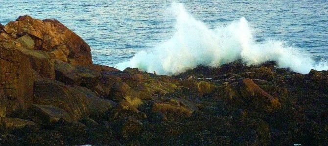 Ocean Waves at Long Sands Beach – Day Nine of 45 Days at York Beach, Maine